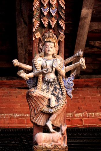 ネパールを歩く 20 パタンの旧王宮_e0048413_21273585.jpg