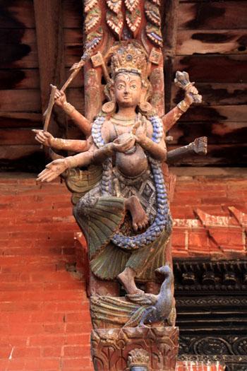 ネパールを歩く 20 パタンの旧王宮_e0048413_2127611.jpg