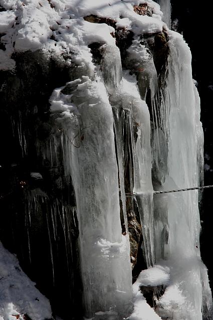 日光の滝巡り その1 裏見の滝_e0165983_1145192.jpg