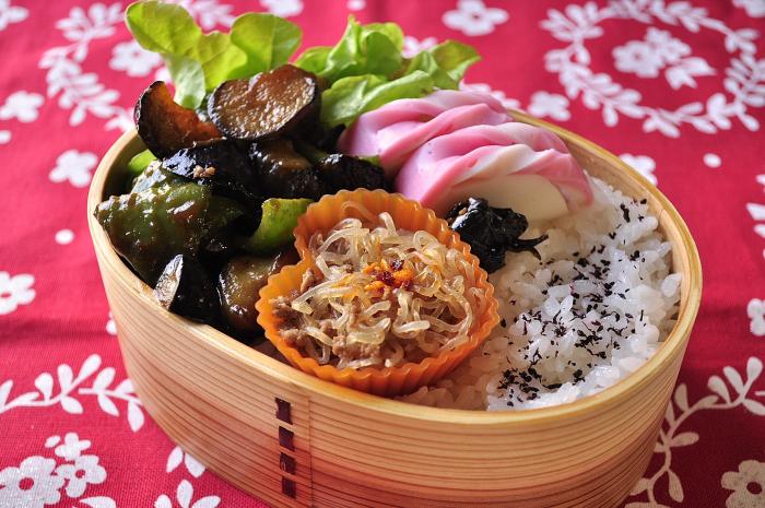 茄子とピーマンの味噌炒め弁当_b0171098_8114333.jpg