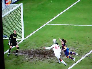 シュツットガルト×バルセロナ UEFAチャンピオンズリーグ 09-10 1/16ファイナル 1stレグ_c0025217_20514621.jpg