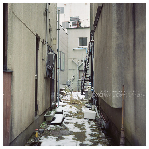 街角を・・・_e0117517_036619.jpg