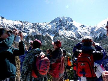 輝く八ヶ岳の峰々_f0019247_22392698.jpg