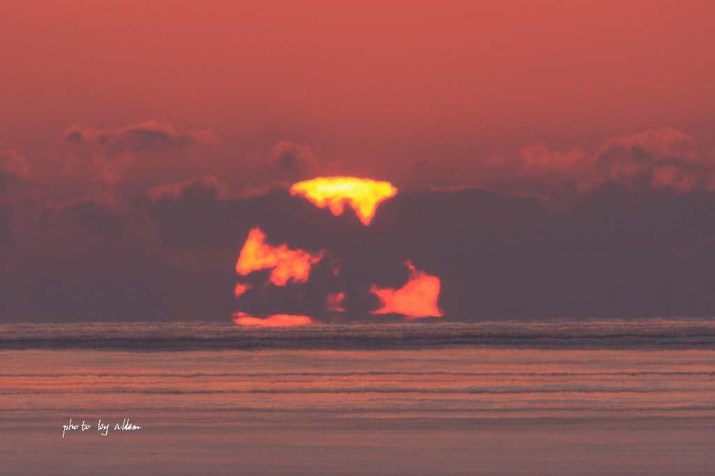 ちこっとの変形太陽より~_a0039860_18535919.jpg