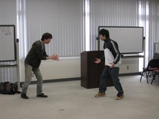 戸中井さんより発声トレーニングパート2を受けました。_c0167632_132825.jpg