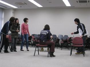 戸中井さんより発声トレーニングパート2を受けました。_c0167632_13312364.jpg