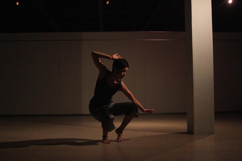 lente.ライブパフォーマンス@横浜ダンスコレクションR2010_c0000587_20273858.jpg