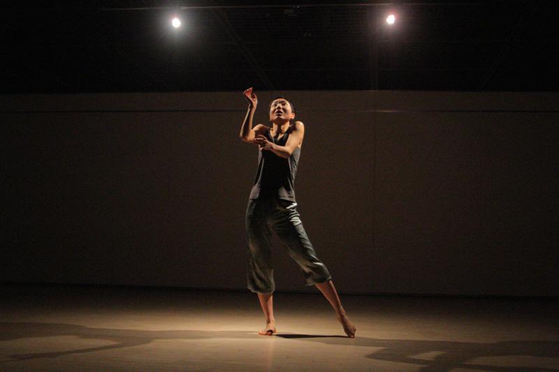 lente.ライブパフォーマンス@横浜ダンスコレクションR2010_c0000587_2029174.jpg