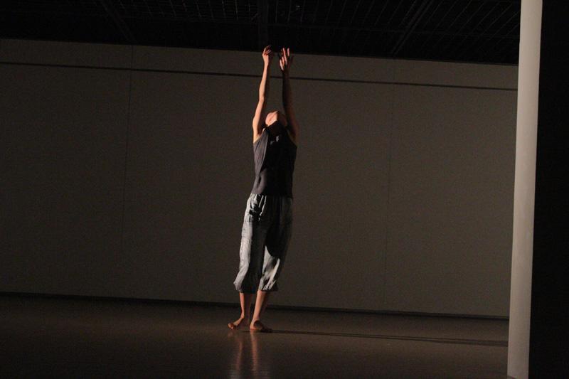 lente.ライブパフォーマンス@横浜ダンスコレクションR2010_c0000587_20301875.jpg
