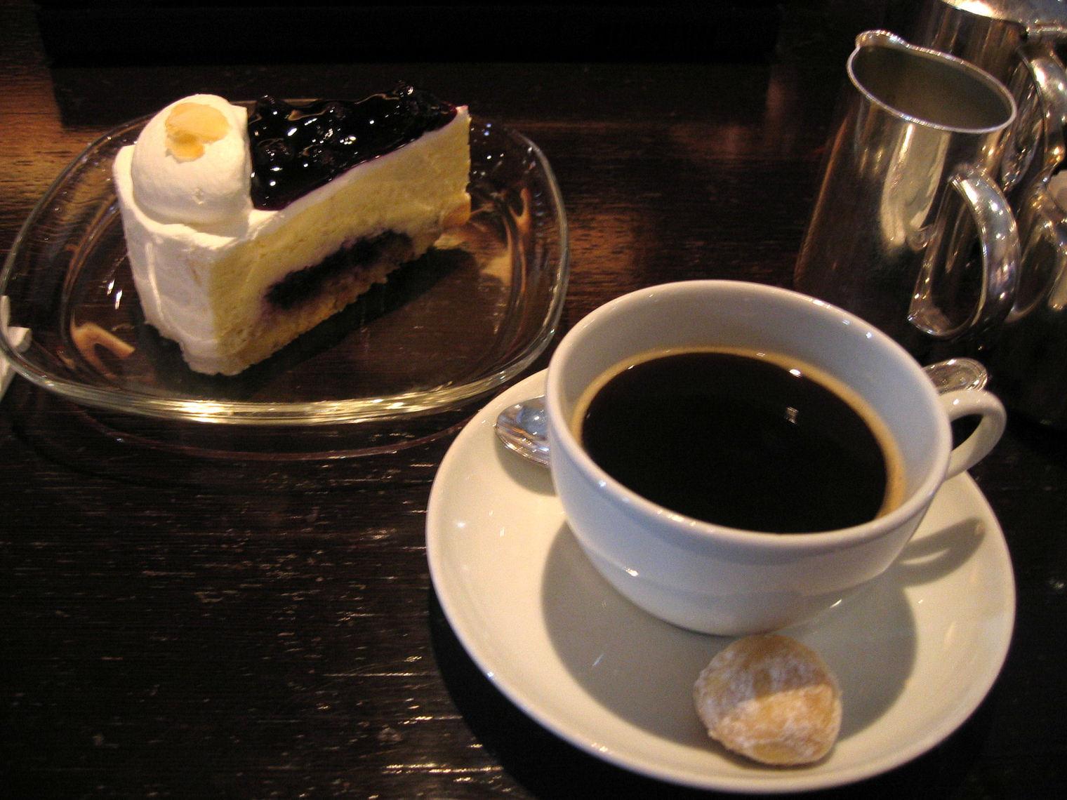 雪のソウル♪ 最終回 「ケーキでまったり♪」_f0054260_21394945.jpg