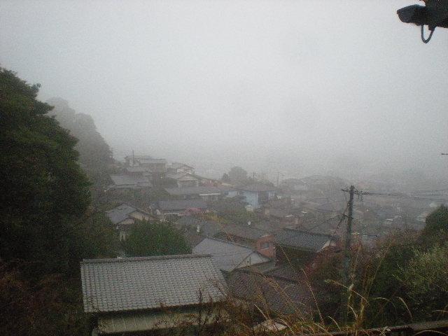 うちは~霧の中~??_a0125419_15433282.jpg