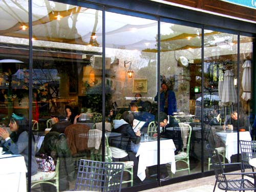 カフェレストランは外せない♪_d0127634_12592187.jpg