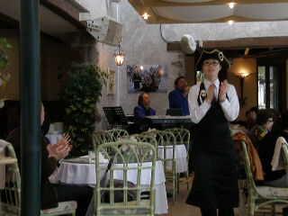 カフェレストランは外せない♪_d0127634_1333580.jpg