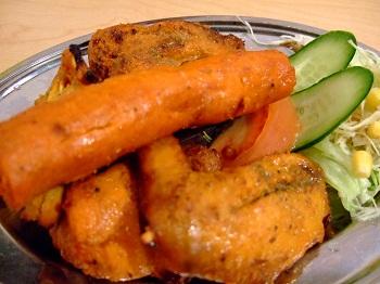 /// 今日のおばんざいはインド料理スパイス王国の「マハラジャコース」です ///_f0112434_23174493.jpg