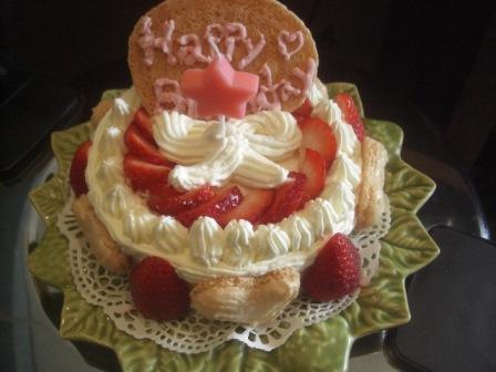 バースデーケーキ(ニンゲン様用)_b0137064_17195526.jpg