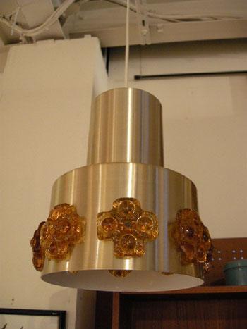 Pendant light (DENMARK)_c0139773_18111223.jpg