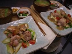 2/26晩ごはん:鶏とセロリとエリンギのレモン醤油炒め_a0116684_032175.jpg