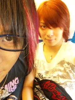 大阪に向かってま。_e0146185_1157295.jpg