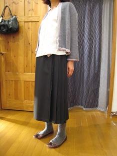 オニール オブ ダブリンのスカート ご予約ですが・・_c0227633_14363675.jpg