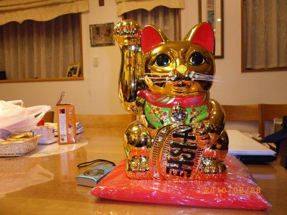 招き猫二代目は金ぴか_b0100062_21423439.jpg