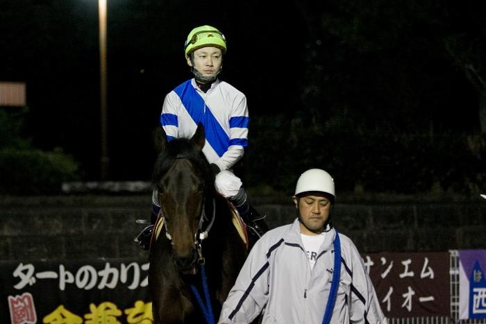 2010年2月28日(日) 高知競馬 10R 梅見月特別 C1 選抜馬_a0077663_2292367.jpg