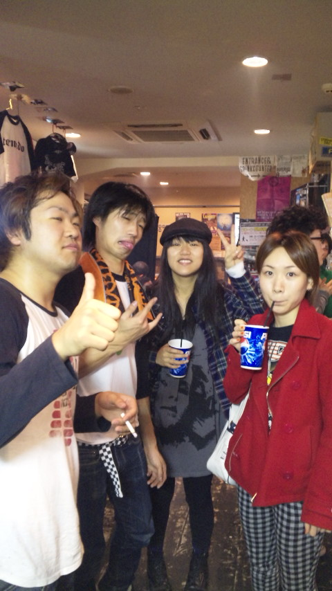 サキ☆地元バンド再開!!!!_f0174088_1675462.jpg