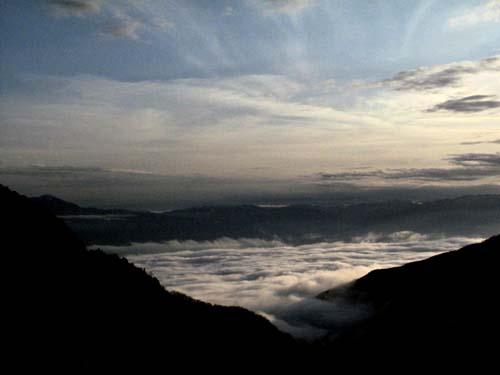 夕暮れの雲海_e0120896_11192316.jpg