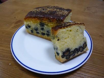 黒豆のバターケーキ