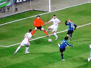 インテル・ミラノ×チェルシー UEFAチャンピオンズリーグ 09-10 1/16ファイナル 1stレグ_c0025217_11315356.jpg