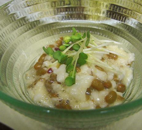 黒酢煮豚とキャベツの炒め物。_c0119140_134425.jpg