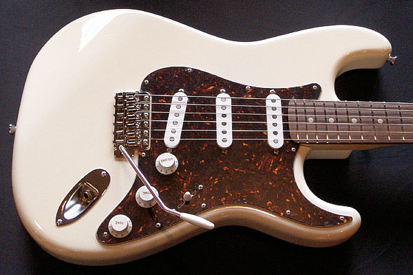 「Cream White」の「Traditionalcaster」が完成&発売ッ!_e0053731_2144296.jpg