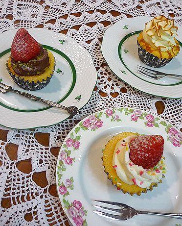 宵節句 は チャプチーノ Ciappucino の カップケーキとdaikanyamamariaの薔薇のお紅茶† ♡_a0053662_21454468.jpg