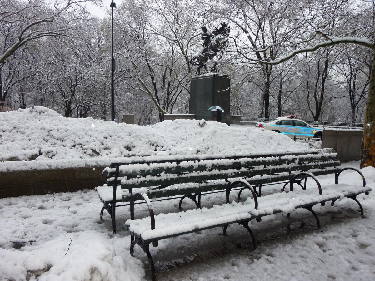雪の日の散歩と思い出、_d0100880_2142446.jpg