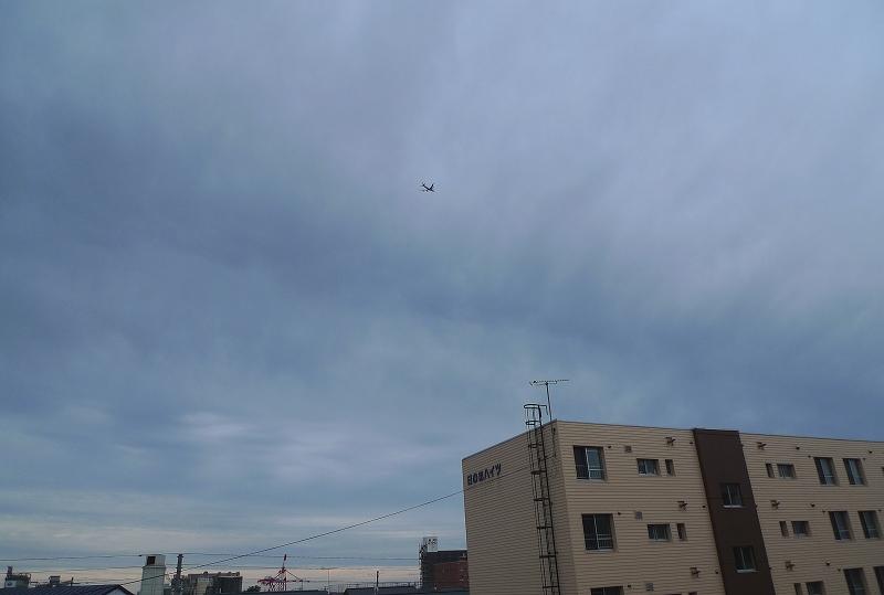 苫小牧 雨がポツポツと _a0160581_828506.jpg