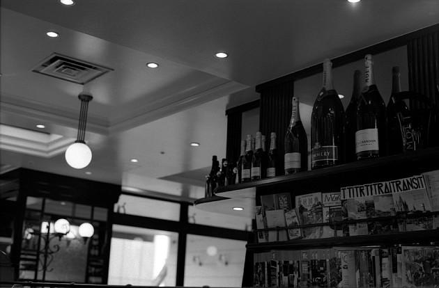 2010-3-6 石榴坂のカフェにて_c0136330_19441611.jpg