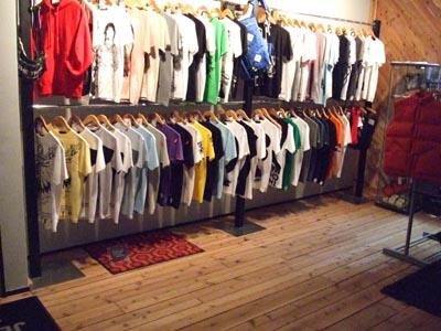 映画Tシャツのお店 JETLINK ・・・のにゃんこ達 (笑)_e0125732_2313109.jpg
