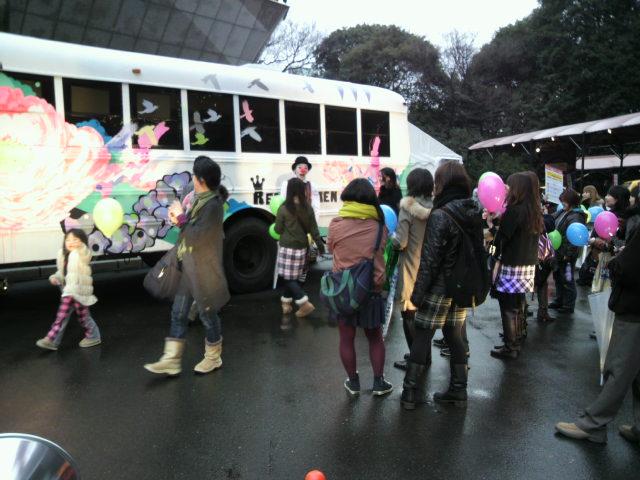 レミオバス!東京タワーに参上!!_a0162904_13491229.jpg