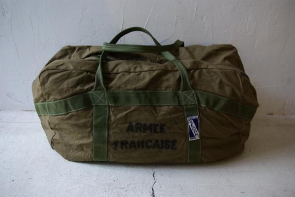 フランス軍 パラシュートバッグ デッドストック_a0146016_1230571.jpg