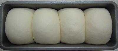 シンプル食パン!(りんごミックス酵母)_a0165538_232848100.jpg