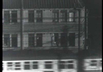 メイン・タイトル by 飯田信夫(新東宝映画『暁の追跡』より その2)_f0147840_23444812.jpg