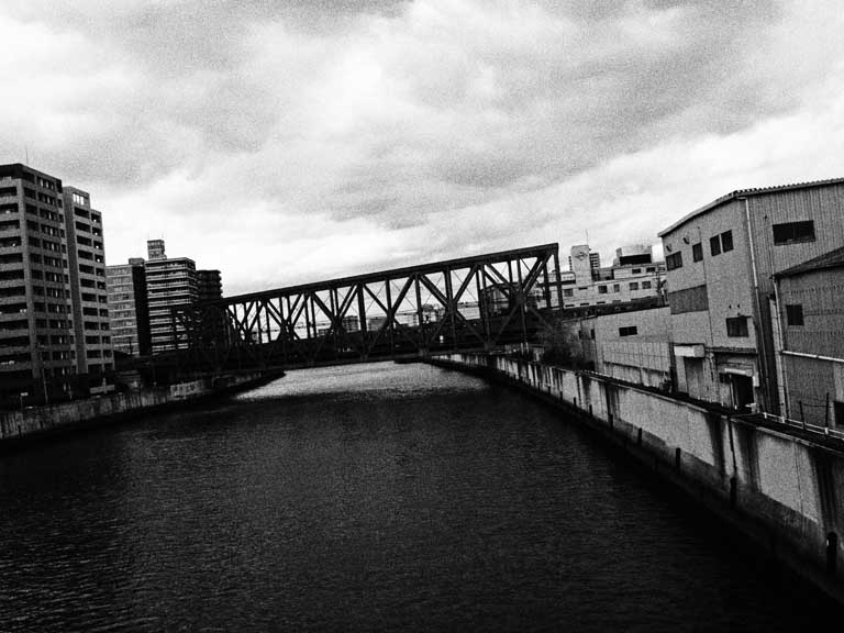 川のある風景_e0024958_1305266.jpg