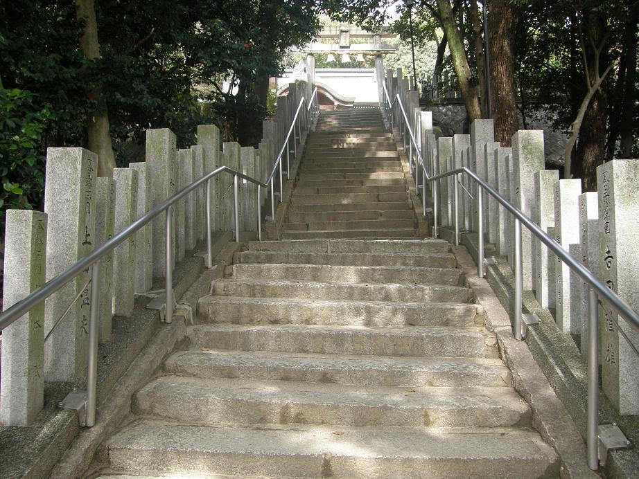 神社を訊ねて その17 垂水神社      阪急豊津_c0118393_1723211.jpg