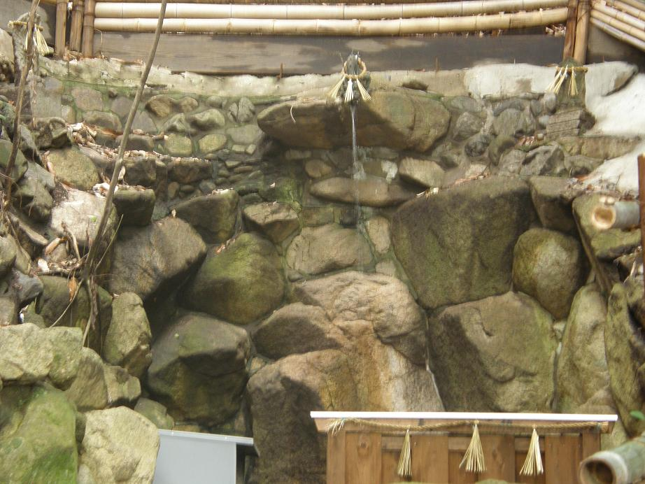 神社を訊ねて その17 垂水神社      阪急豊津_c0118393_17513936.jpg