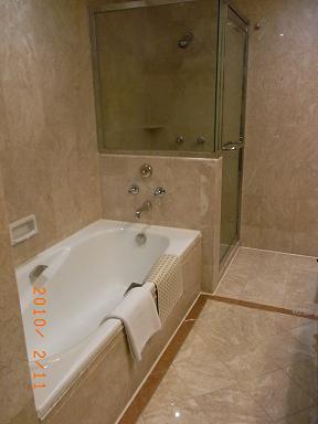 ゴールドコーストホテル_e0155771_23274275.jpg