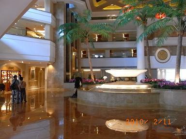 ゴールドコーストホテル_e0155771_2345264.jpg