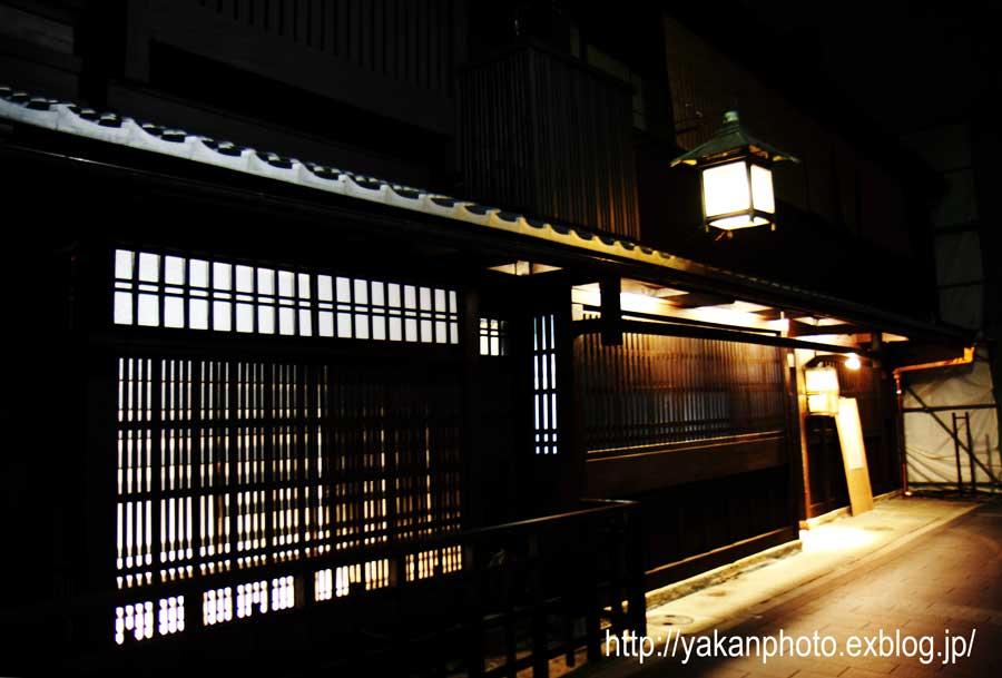 京都研修旅行 ~屋根、鬼瓦撮影記~ 夜スナップ_b0157849_19462394.jpg