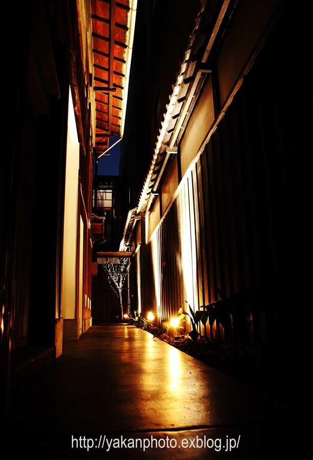京都研修旅行 ~屋根、鬼瓦撮影記~ 夜スナップ_b0157849_1947383.jpg