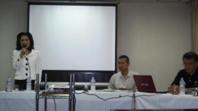 非暴力の平和活動―NPJ講演会_f0150886_1042581.jpg