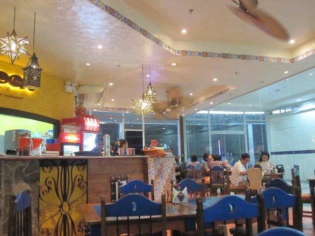 セブのレストラン~その2~_f0210164_1741091.jpg