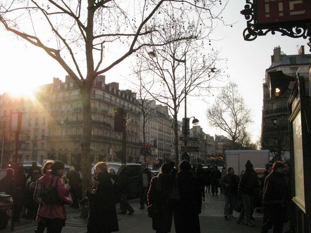 サンジェルマンデプレからルーヴルへ(Rue Bonaparte-パリ左岸〜右岸)_f0119071_23491241.jpg